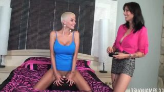 Joslyn James And Zoey Take Turns On The Sibian